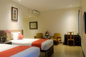 mutiara-executive-triple-room3