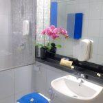mutiara-executive-triple-bathroom